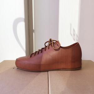 FEIT Hand Sewn Low Cuoio