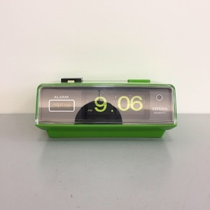 1970's RARE Apple Citizen Battery Flip Clock with Alarm and Light