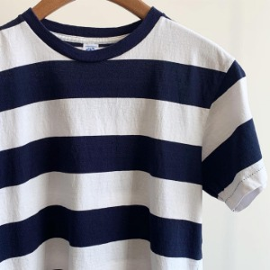 Velva Sheen Wide Border T-Shirt