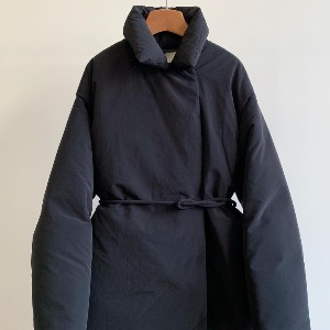 Amomento Duck Down Puffer Coat Black (Women)