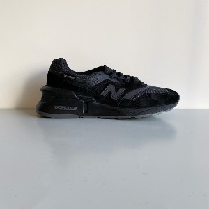 New Balance SuperFabric ® M997 / Black