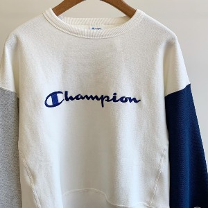 Champion Reverse Weave ® 11.5oz Sweatshirt Off White (Women)