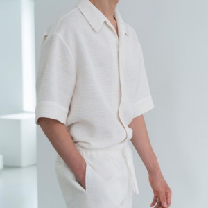Le 17 Septembre Homme / 917 Open Collar Shirt Ivory