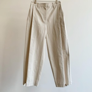 Amomento Button Garconne Pants Cream